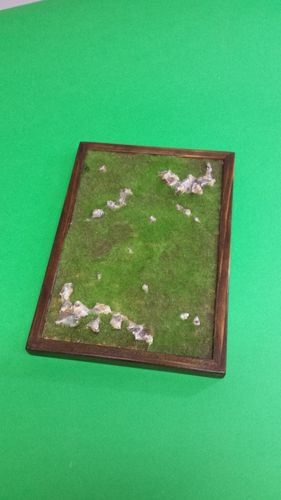 wooden base to place soldiers cm 18x26