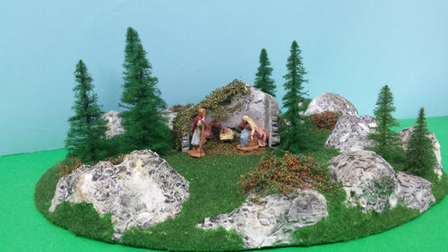 Crib's base with Nativity hut